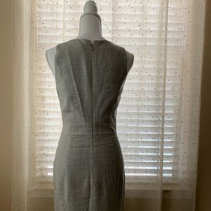 J Crew sleeveless Gray Dress, size 2